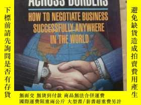 二手書博民逛書店Bargaining罕見across borders: (How