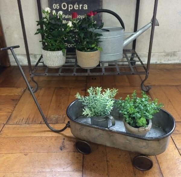 《齊洛瓦鄉村風雜貨》日本zakka雜貨 仿舊農業拉車造型花器 馬口鐵花器 多肉植物花器 花架