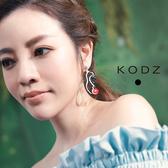 東京著衣【KODZ】菲菲聯名藝術紅脣女人耳環(180658)