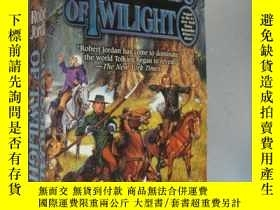 二手書博民逛書店Crossroads罕見of Twilight: Book Te