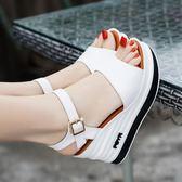 楔型鞋 雪地意爾康夏季厚底真皮高跟坡跟防滑時尚舒適露趾女涼鞋 【韓國時尚週】