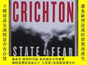 二手書博民逛書店英文原版罕見State of Fear by Michael C
