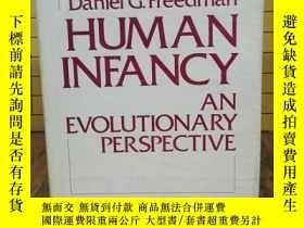 二手書博民逛書店Human罕見Infancy: An Evolutionary