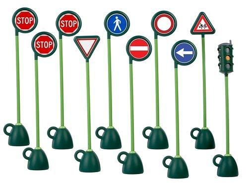 VILLAGE 9 STR. SIGNS 1 TR EU UK 道路標示[衛立兒生活館]