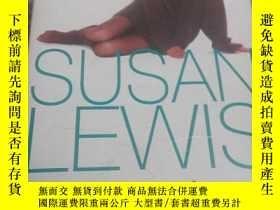 二手書博民逛書店SUSAN罕見LEWIS A CLASS APARTY3701 CLASS APART ARROW BOOKS