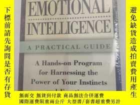 二手書博民逛書店Raising罕見Your Emotional Intelligence 提高你的情商 英文版 使用練習、自我測試