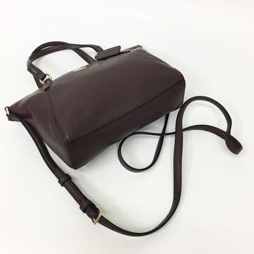 【COACH】專櫃款立體LOGO 皮革拉鍊手提斜背兩用小水餃包(咖紅)