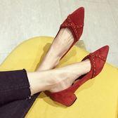 歐美風時尚2019春夏季新款女鞋子大碼絨面淺口尖頭低跟女單鞋紅色