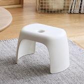 黑色好物節 懶角落 加厚小凳子簡約矮凳子兒童塑料板凳小椅子門口換鞋凳66048