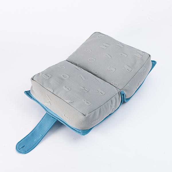 【88元折價券】數數呢喃書本造型抱枕 -生活工場