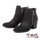 TAS側拉鍊素面質感粗跟短靴-質感黑...