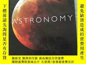 二手書博民逛書店ASTRONOMY:the罕見definitive guide