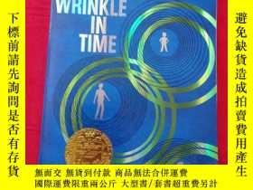 二手書博民逛書店Wrinkle罕見in Time 50th Anniversar