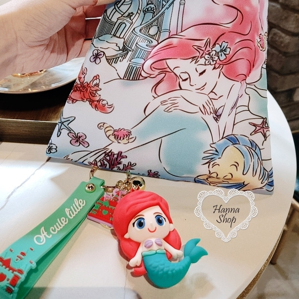 《花花創意会社》韓國。絕美迪士尼公主城堡叮噹質感吊飾美人魚貝兒長髮白雪公主 有5款【H6947】