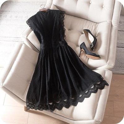 洋裝-無袖優雅鏤空勾花蕾絲連身裙2色73sz37【時尚巴黎】