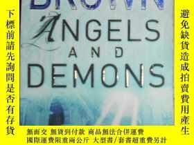 二手書博民逛書店英文原版罕見Angels and Demons by Dan B