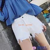 高腰破洞牛仔短褲女夏大碼胖mm闊腿短褲黑色寬松顯瘦a字毛邊熱褲【櫻桃菜菜子】