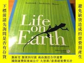 二手書博民逛書店Life罕見on Earth FOURTH EDITION(地球