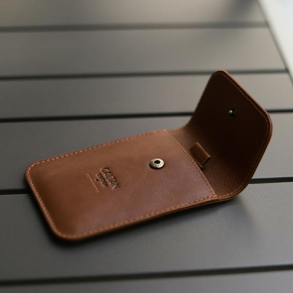 牛皮/證件套【CALTAN】扣式真皮識別證件套-075027cd咖
