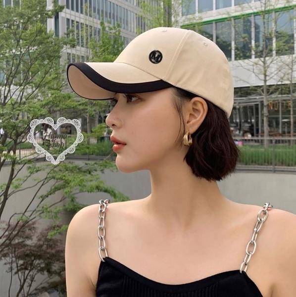 《花花創意会社》韓國。質感緞面M棒球帽滾邊設計防曬百搭帽仙女款 三色【H7197】