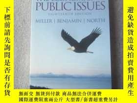 二手書博民逛書店The罕見Economics of Public Issues