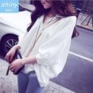 【V1911】shiny藍格子-氣質美搭.純色翻領寬鬆前短後長七分袖上衣
