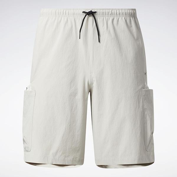 Reebok LIFUL MINIMAL GARMENTS 男裝 短褲 聯名 口袋 拉繩 米【運動世界】GU3736