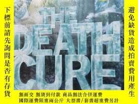 二手書博民逛書店THE罕見DEATH CURE (The Maze Runner Series)Y254800 JAMES D