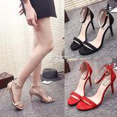 夏季新款一字帶扣細跟涼鞋女黑色高跟鞋絨面百搭露趾女鞋 俏腳丫
