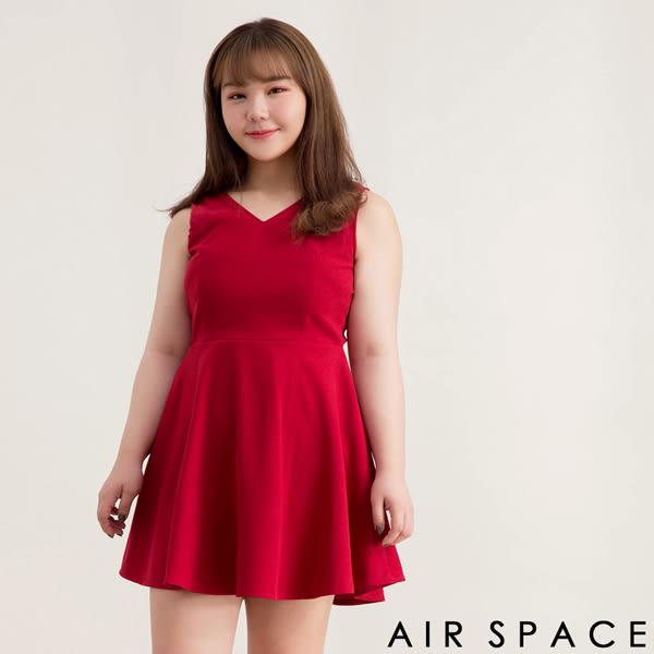 中大尺碼洋裝 V領露背拉鍊麂皮絨傘襬洋裝2色 -AIR SPACE
