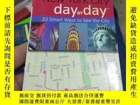 二手書博民逛書店New罕見york city day by day 22 sma