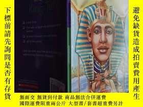 二手書博民逛書店Who罕見Was King Tut?Y6515 Roberta