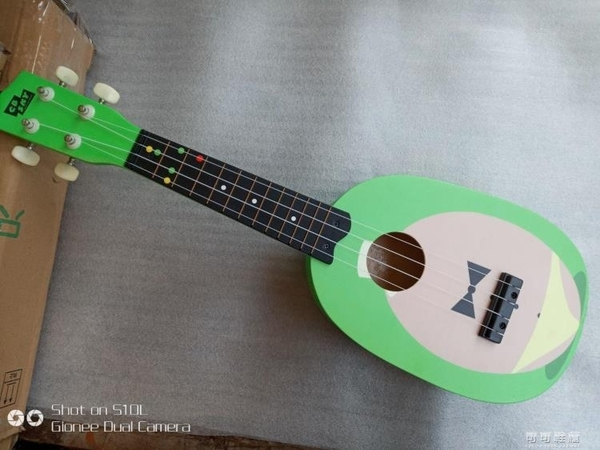 21寸夏威夷烏克麗麗木質兒童吉他四弦琴S型烏克裡裡YJT  【快速出貨】