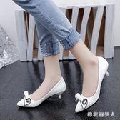 小跟鞋女單鞋2019淺口春季新款4cm中跟鞋尖頭矮跟細跟黑色工作鞋 LJ691【棉花糖伊人】