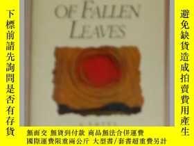 二手書博民逛書店英文原版罕見In the Place of Fallen Lea