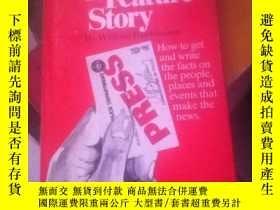 二手書博民逛書店Stalking罕見the Feature StoryY2171
