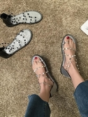 涼鞋女2019新款夏季正韓仙女風學生時尚網紅鉚釘平底露趾羅馬女鞋【快速出貨】