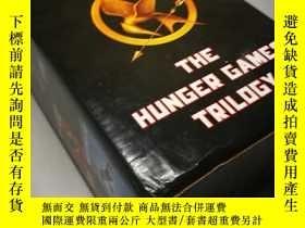二手書博民逛書店【The罕見Hunger Games Trilogy】《飢餓遊戲