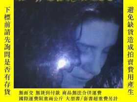二手書博民逛書店FINDING罕見STRENGTH(找到力量) 十品Y19620