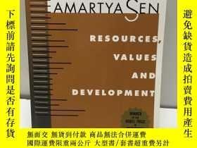 二手書博民逛書店Resources,罕見Values,And Developme
