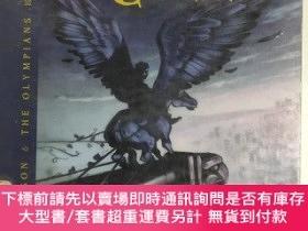 二手書博民逛書店The罕見Titan s Curse 泰坦的詛咒 英文版 英文閱讀小說 英語學習Y259256 Riordan