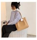 軟皮韓版氣質大包包 大容量女士托特包 時尚女生單肩包 簡約純色托特包 慵懶風學生百搭女包包
