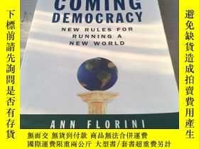 二手書博民逛書店The罕見coming democracy history of