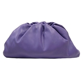 BOTTEGA VENETA 寶緹嘉 紫色牛皮雲朵包 The Pouch Clutch Bag【BRAND OFF】