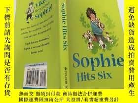 二手書博民逛書店.Dick罕見King—Smith:Sophie Hits Six:迪克·金·史密斯:索菲打了6桿Y20039