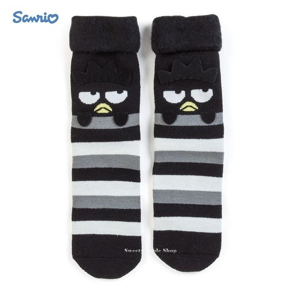 日本限定 三麗鷗 酷企鵝 條紋 大臉版 居家 保暖絨毛襪 / 絨毛襪盒