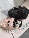 旅行袋 annerun健身包女運動訓練包乾濕分離ins網紅短途手提旅行包大容量 玫瑰女孩