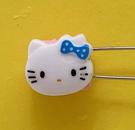 【震撼精品百貨】Hello Kitty 凱蒂貓~KITTY掀開式安全別針-大頭造型-藍#76635