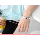 專櫃精品質感 極簡時尚拋光銀黑鈦鋼男女版手環 情侶款鋼手環【NA61】單支價格