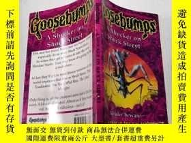二手書博民逛書店A罕見shocker on shock street :震驚街上的震驚Y200392